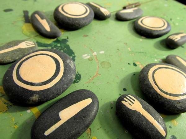 actividades con piedras - vajilla
