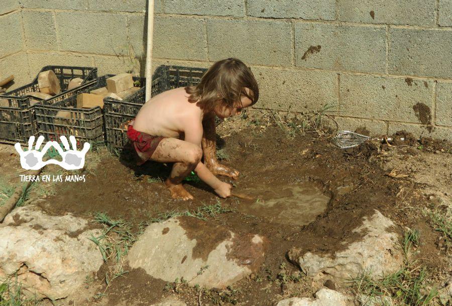 jugar tierra jardín
